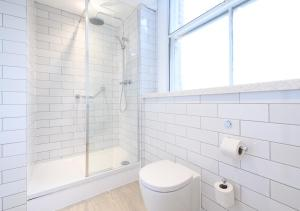 A bathroom at Innkeeper's Collection Lytham St Annes