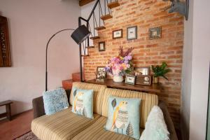 A seating area at Sweet Cili Boutique Hotel