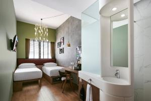 A bathroom at Hotel G Singapore (SG Clean, Staycation Approved)
