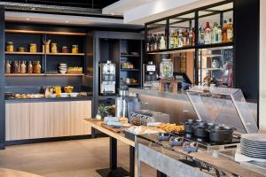 A restaurant or other place to eat at Campanile Hotel - Birmingham