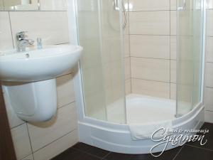 Łazienka w obiekcie Hotel Cynamon