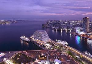 A bird's-eye view of Kobe Meriken Park Oriental Hotel