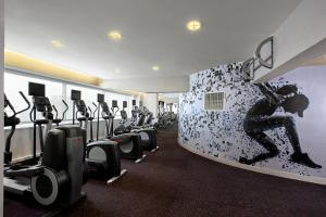 The fitness center and/or fitness facilities at Sheraton Grand Taipei Hotel