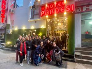 Clientes alojados en Hotel Pardesi's
