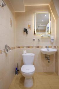 Ванная комната в СеверСити гостиница