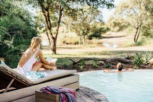 Guests staying at Tanda Tula Safari Camp