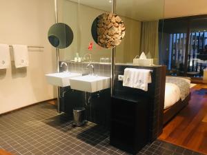 Bagno di Hotel Hospes Maricel y Spa