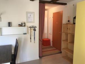 A bathroom at Corn Alv 13