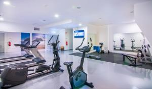 The fitness center and/or fitness facilities at Hotel da Rocha