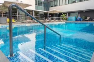 The swimming pool at or near Hotel da Rocha