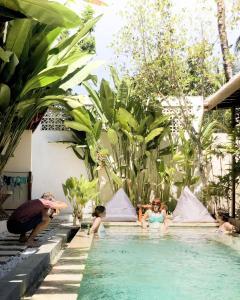Der Swimmingpool an oder in der Nähe von Ola Ola Lombok