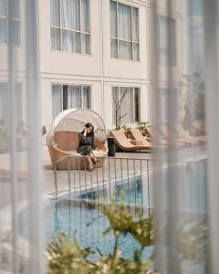 A view of the pool at Atria Hotel Malang or nearby