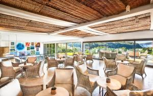 A restaurant or other place to eat at Gran Meliá Iguazú