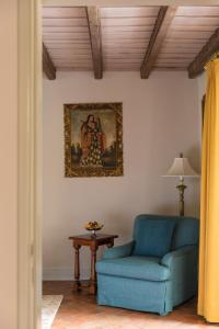 A seating area at Monasterio, A Belmond Hotel, Cusco