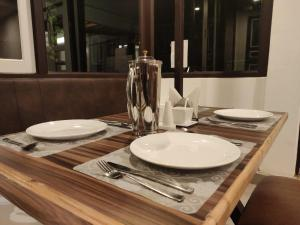 A restaurant or other place to eat at RIDAN - A Boutique Hotel