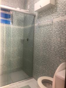 A bathroom at Viva la Vida