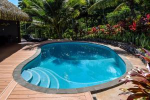 The swimming pool at or close to Iro Luxury Retreat