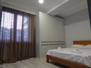 Lova arba lovos apgyvendinimo įstaigoje Comfortable apartment for you
