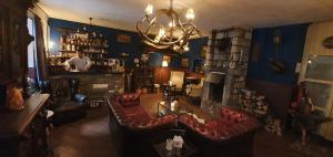 The lounge or bar area at Hotel Restaurant The Kings Head Inn