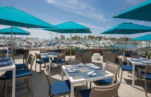A restaurant or other place to eat at Manchester Grand Hyatt San Diego