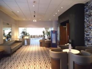 The lounge or bar area at Airport Inn Gatwick
