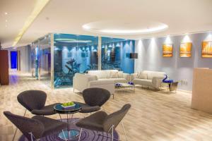 O saguão ou recepção de Radisson Blu Resort, Al Khobar Half Moon Bay
