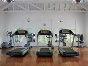 The fitness center and/or fitness facilities at Sugar Beach, A Viceroy Resort