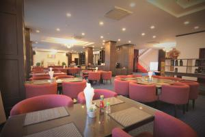 Restaurant ou autre lieu de restauration dans l'établissement Continental Plaza Vientiane