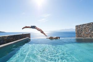 The swimming pool at or close to Tui Blue Elounda Village Resort & Spa by Aquila