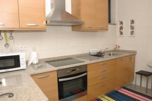 A kitchen or kitchenette at Casa Da Canada