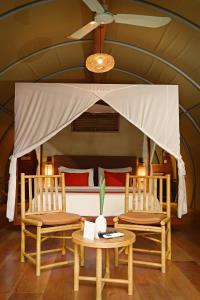 Ein Sitzbereich in der Unterkunft Templation Hotel