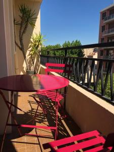 A balcony or terrace at Superbe appartement, 3 chambres, gare St Charles