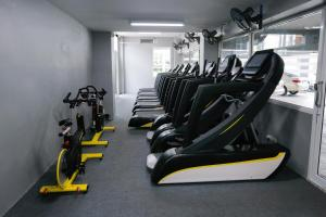 The fitness center and/or fitness facilities at Blue Orchids Hotel