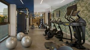 The fitness center and/or fitness facilities at Park Plaza Utrecht