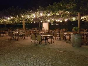 A restaurant or other place to eat at Klostergasthof Roggenburg