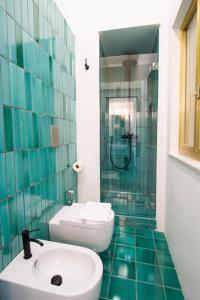 A bathroom at Ninina Boutique Suites