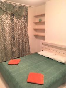 Кровать или кровати в номере RentPiter Nevskiy 54 big apart