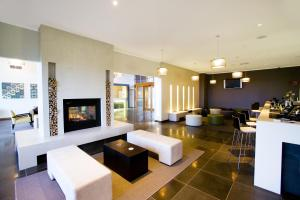 The lobby or reception area at Silverwater Resort Phillip Island