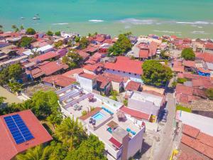 Uma vista aérea de Pipa Centro Residence
