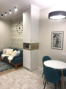 A seating area at Lviv Apartments