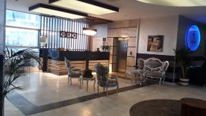 The lobby or reception area at Ekinci Residence