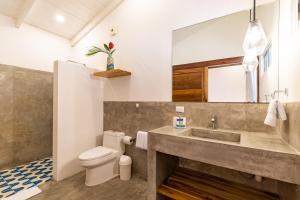 A bathroom at Living Hotel