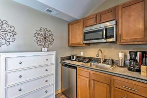 A kitchen or kitchenette at Ouray Unit near Skiing, Hot Springs and Hiking!