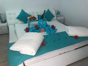 Ein Bett oder Betten in einem Zimmer der Unterkunft Venus Star Resort - FKK Swingers - Couples Only