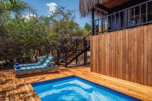 The swimming pool at or close to Anantara Bazaruto Island Resort