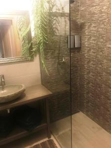 Vannas istaba naktsmītnē Park Apartments