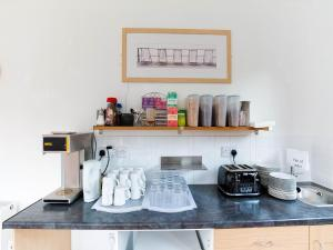 A kitchen or kitchenette at Lost Guest House Peterhead