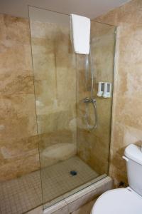 Ванная комната в Viva Wyndham Fortuna Beach All Inclusive