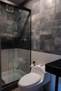 A bathroom at The Adventure Brew Hostel