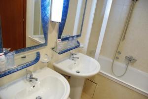 A bathroom at Hotel Villa Vera